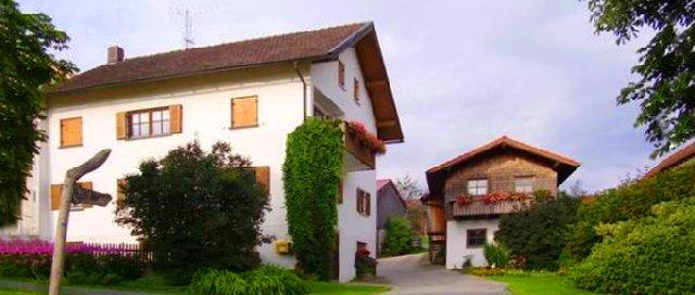 pletl-max-ferienwohnungen-raithhof-ferienhaus